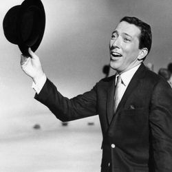 """FILE - In a May 12, 1961 file photo, Andy Williams performs a song on a television show. Emmy-winning TV host and """"Moon River"""" crooner Williams died Tuesday night, Sept, 25, 2012 at his home in Branson, Mo., following a year-long battle with bladder cancer. He was 84."""