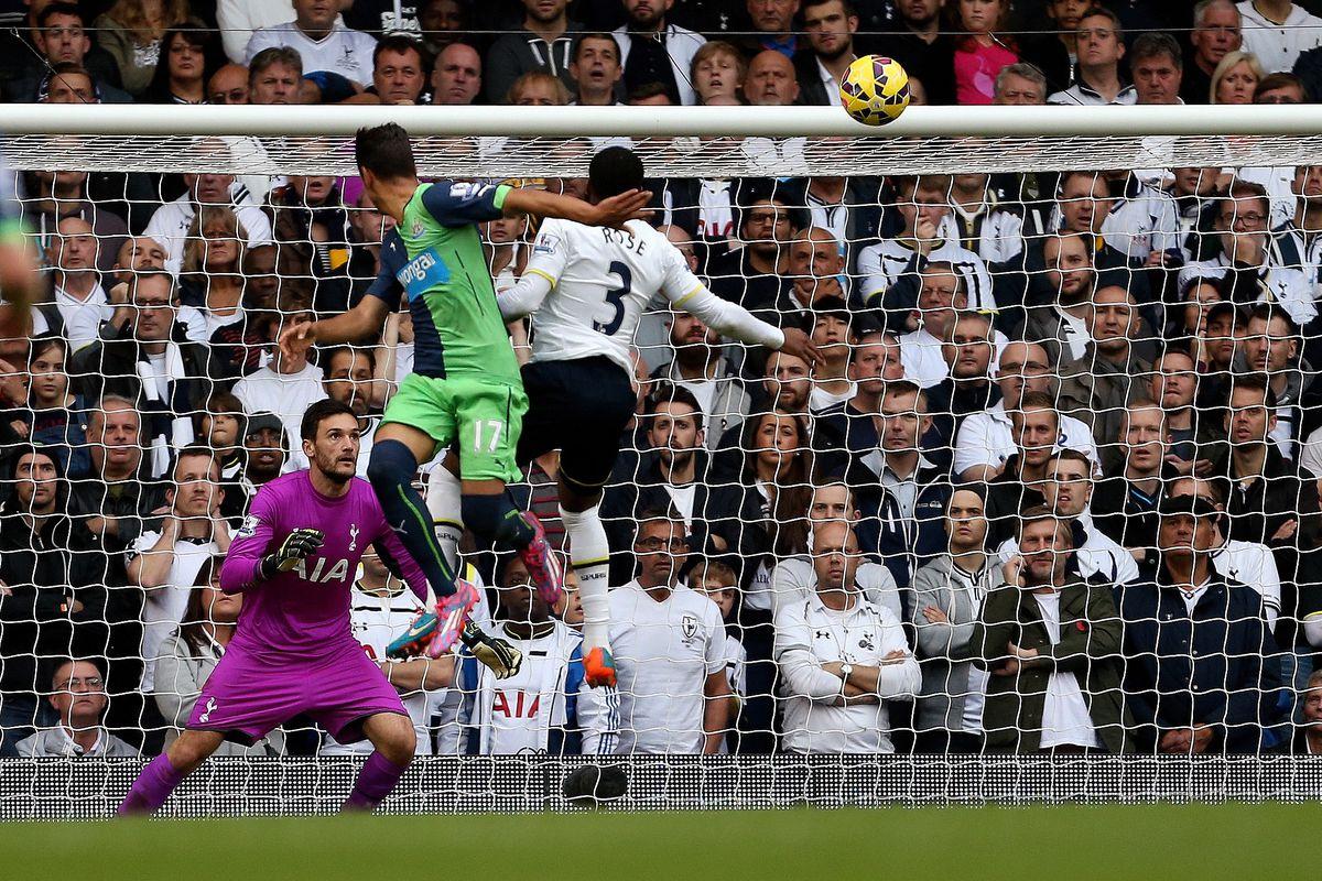 Soccer - Barclays Premier League - Tottenham Hotspur v Newcastle United
