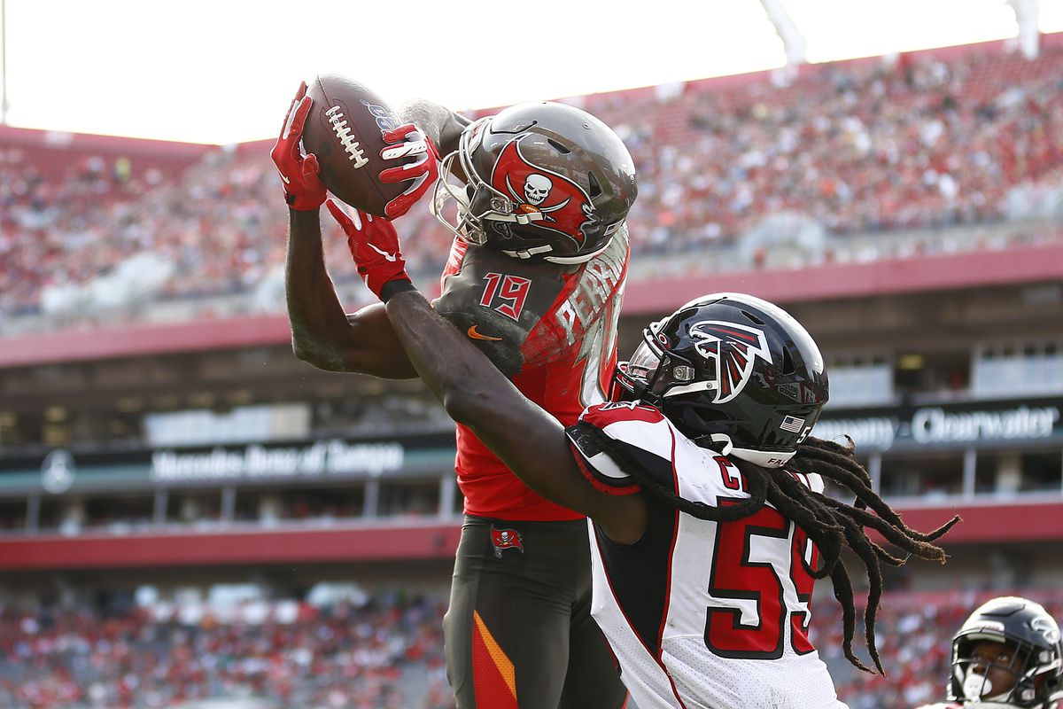 Breshad Perriman #19 of the Tampa Bay Buccaneers catches a touchdown pass against the Atlanta Falcons during the first half at Raymond James Stadium on December 29, 2019 in Tampa, Florida.