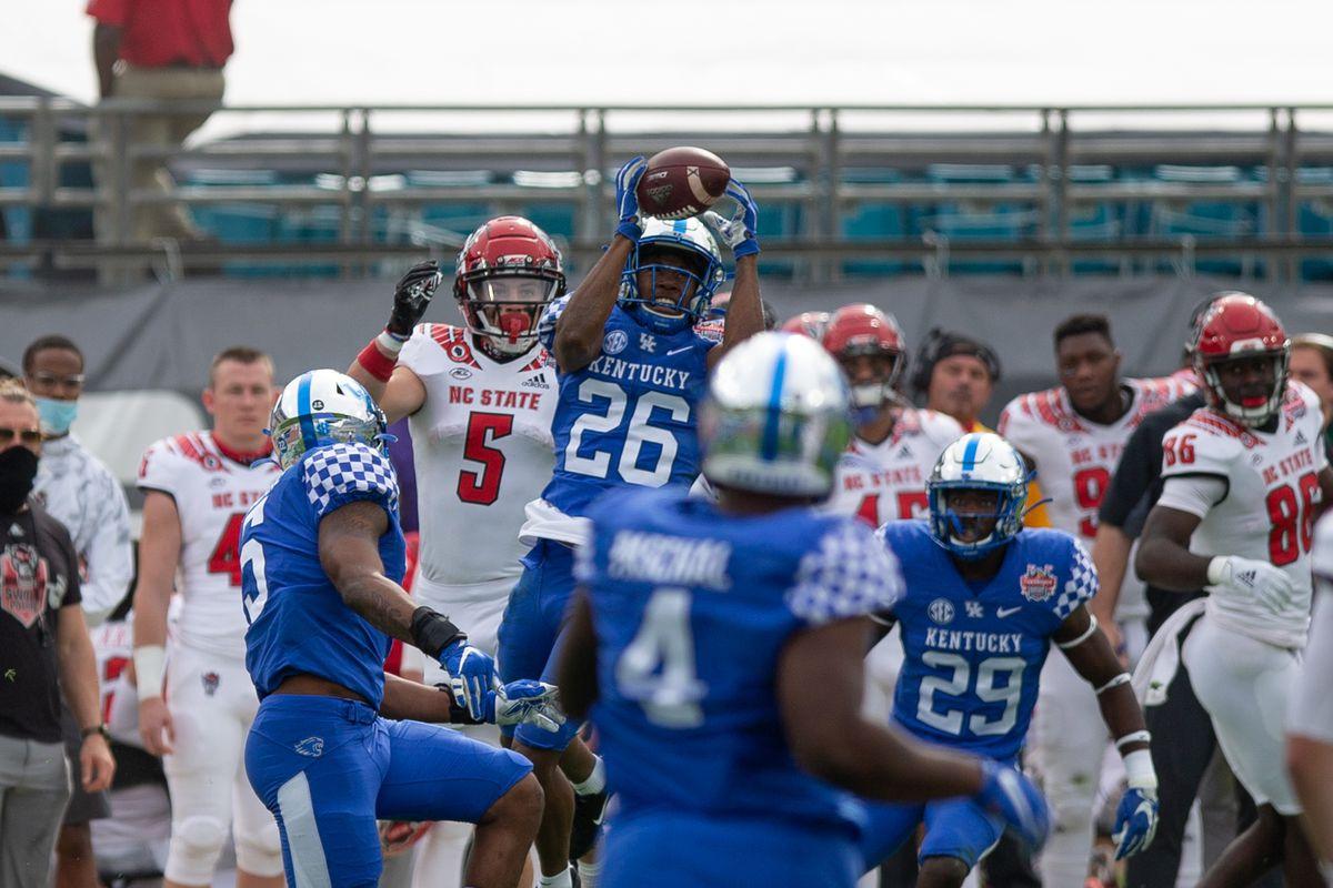 COLLEGE FOOTBALL: JAN 02 TaxSlayer Gator Bowl - NC State v Kentucky