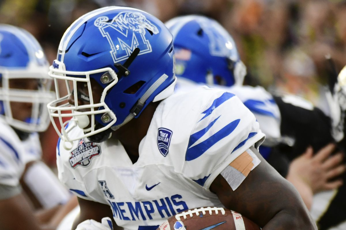 """<p zoompage-fontsize=""""15"""" style="""""""">AAC Championship - Memphis v Central Florida"""