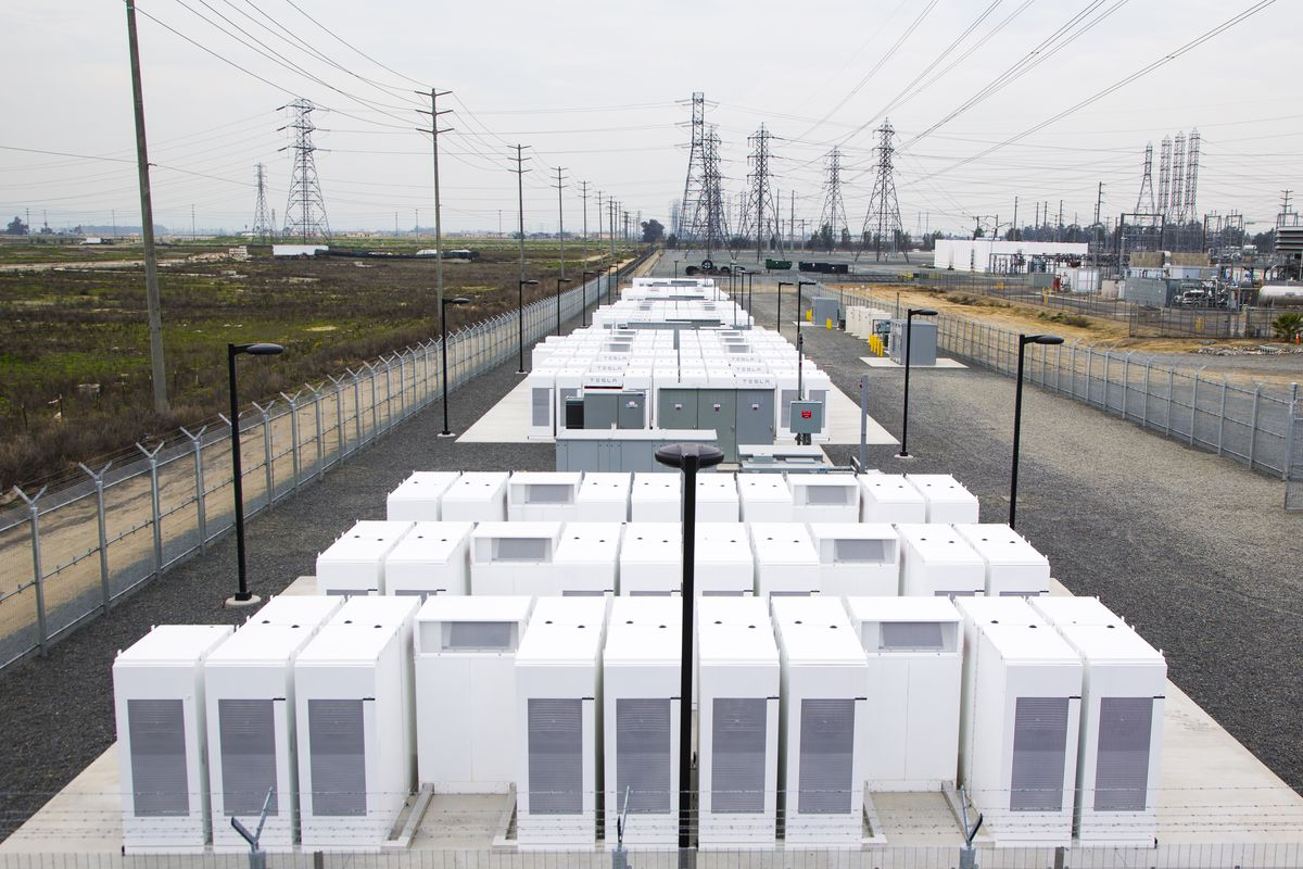 Millions of Tesla battery cells are powering thousands of LA homes ...