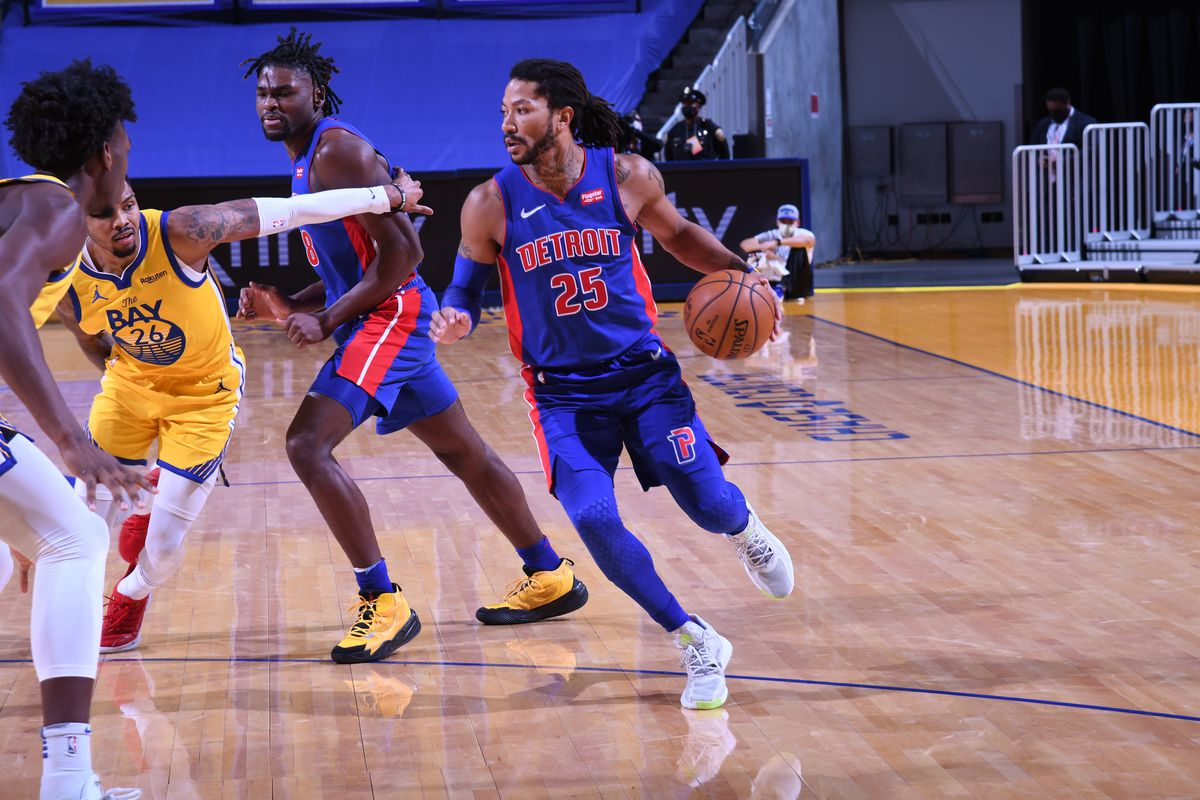 Derrick Rose of the Detroit Pistons dribbles the ball against the Golden State Warriors on January 30, 2021 at Chase Center in San Francisco, California.
