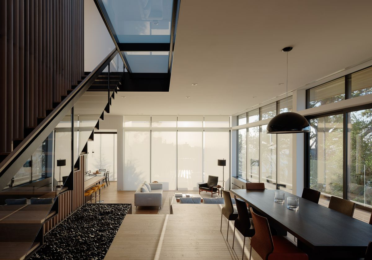 Dining room with modern table and pendant light