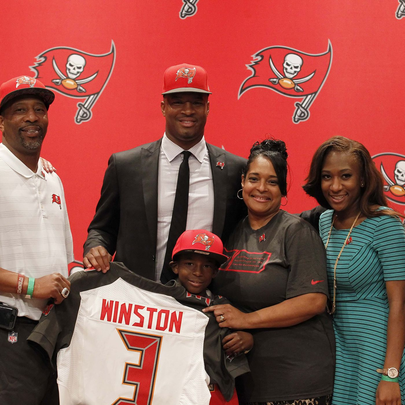 Buccaneers draft picks 2015  Recapping Tampa Bay s draft class ... 02fc786fd18