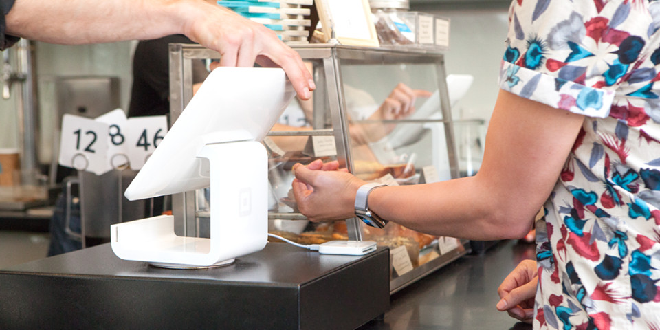 Square being used at a cafe
