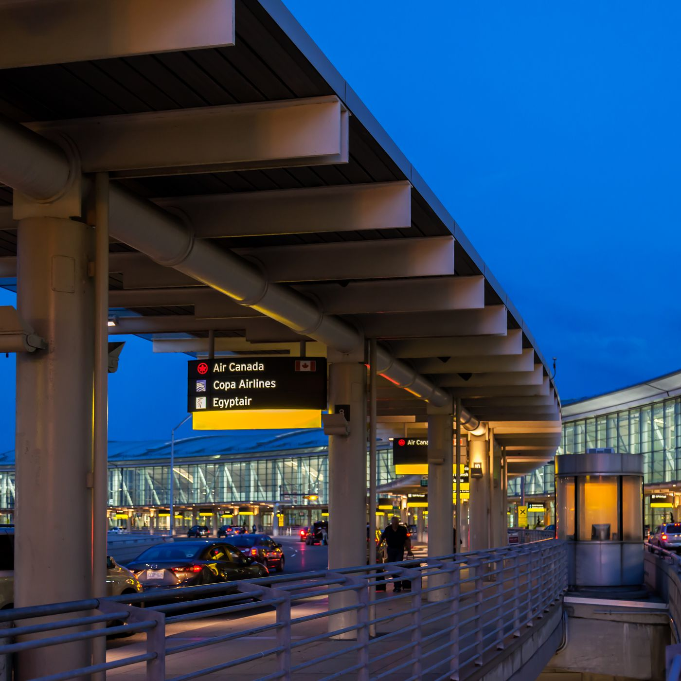 Where To Eat At Toronto Pearson International Airport Yyz Eater