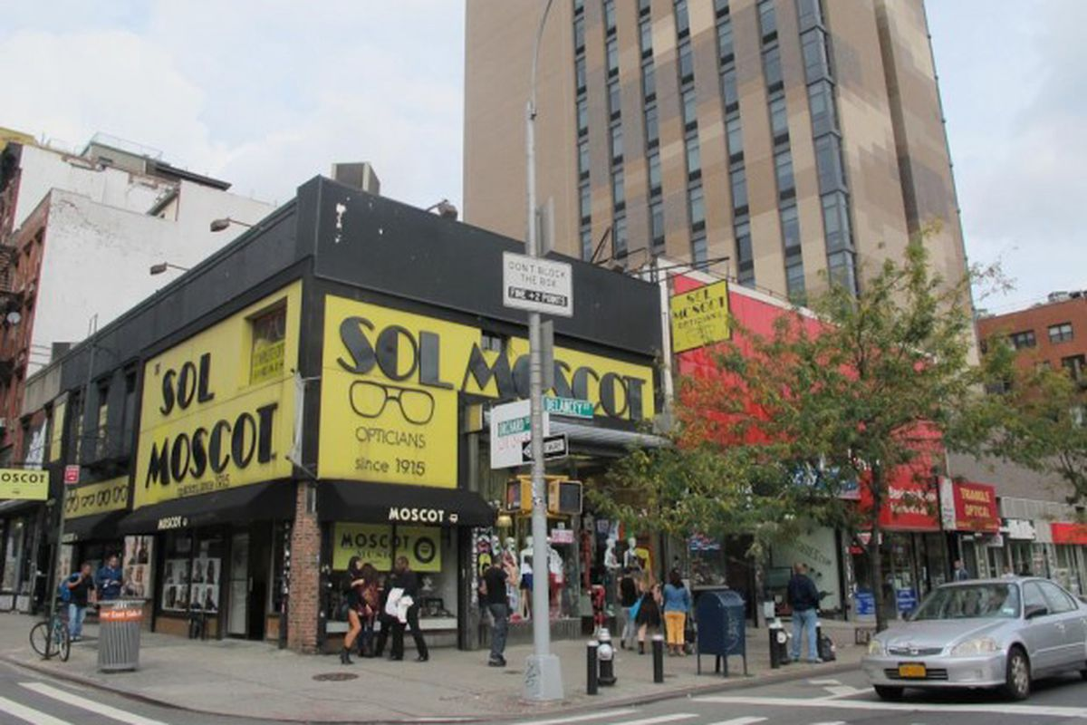 """Image via <a href=""""http://www.boweryboogie.com/2012/10/moscot-ditching-longtime-headquarters-for-108-orchard/"""">Bowery Boogie</a>"""