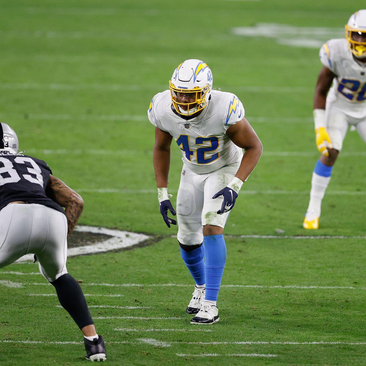Chargers News: Uchenna Nwosu picked as Bolts' breakout player in 2021 - Bolts From The Blue