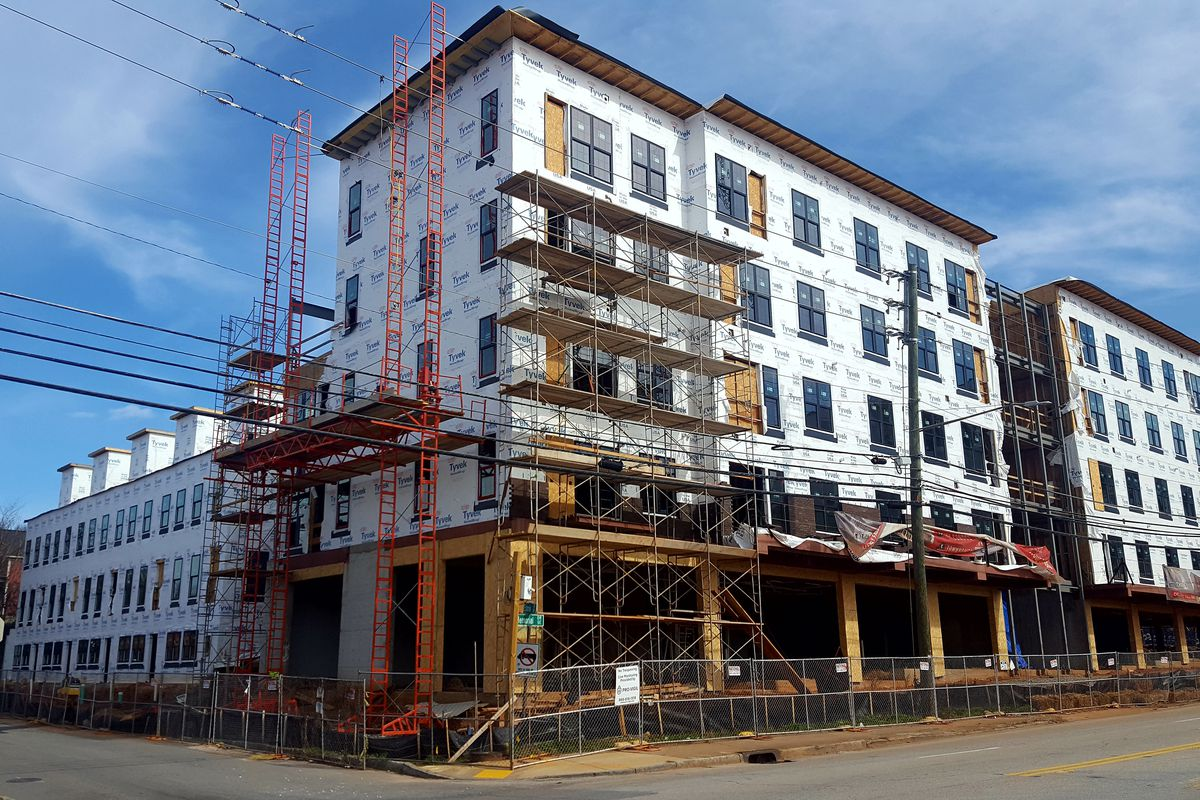 A picture of the under construction complex