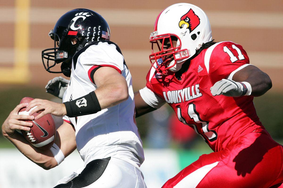 Cincinnati Bearcats v Louisville Cardinals