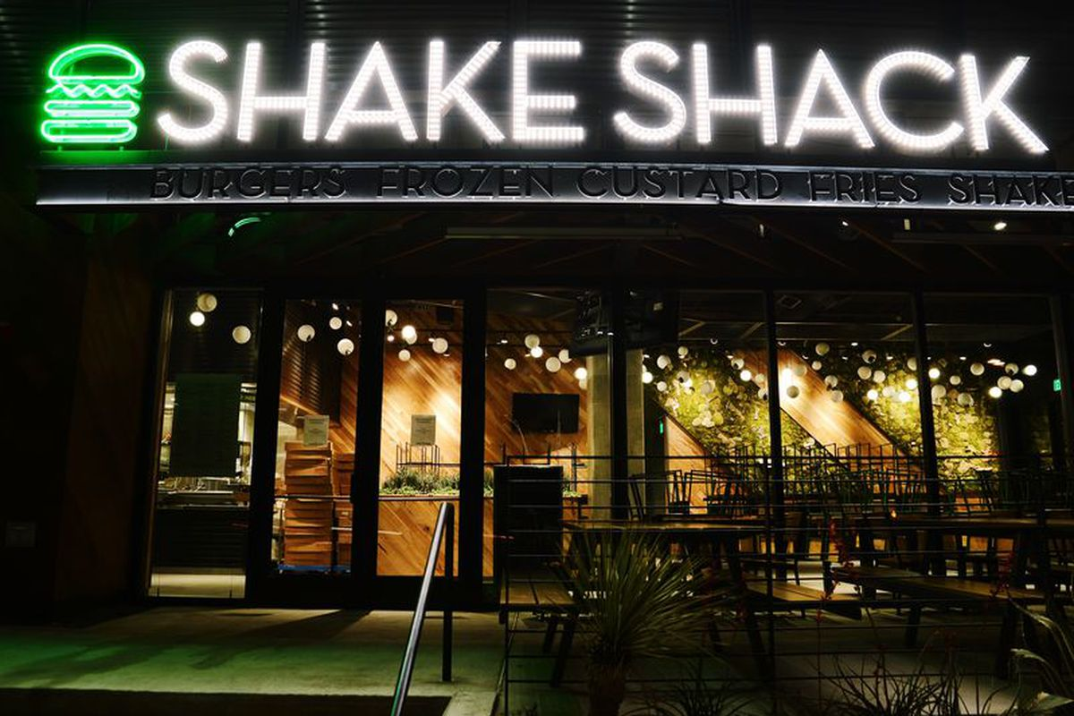 Austin S Second Shake Shack Is Now Hiring In The Domain