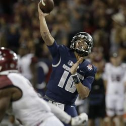 Utah State quarterback Jordan Love (10) in the second half during the Arizona Bowl NCAA college football game against New Mexico State, Friday, Dec. 29, 2017, in Tucson, Ariz. New Mexico State defeated Utah State 26-20 in overtime. (AP Photo/Rick Scuteri)