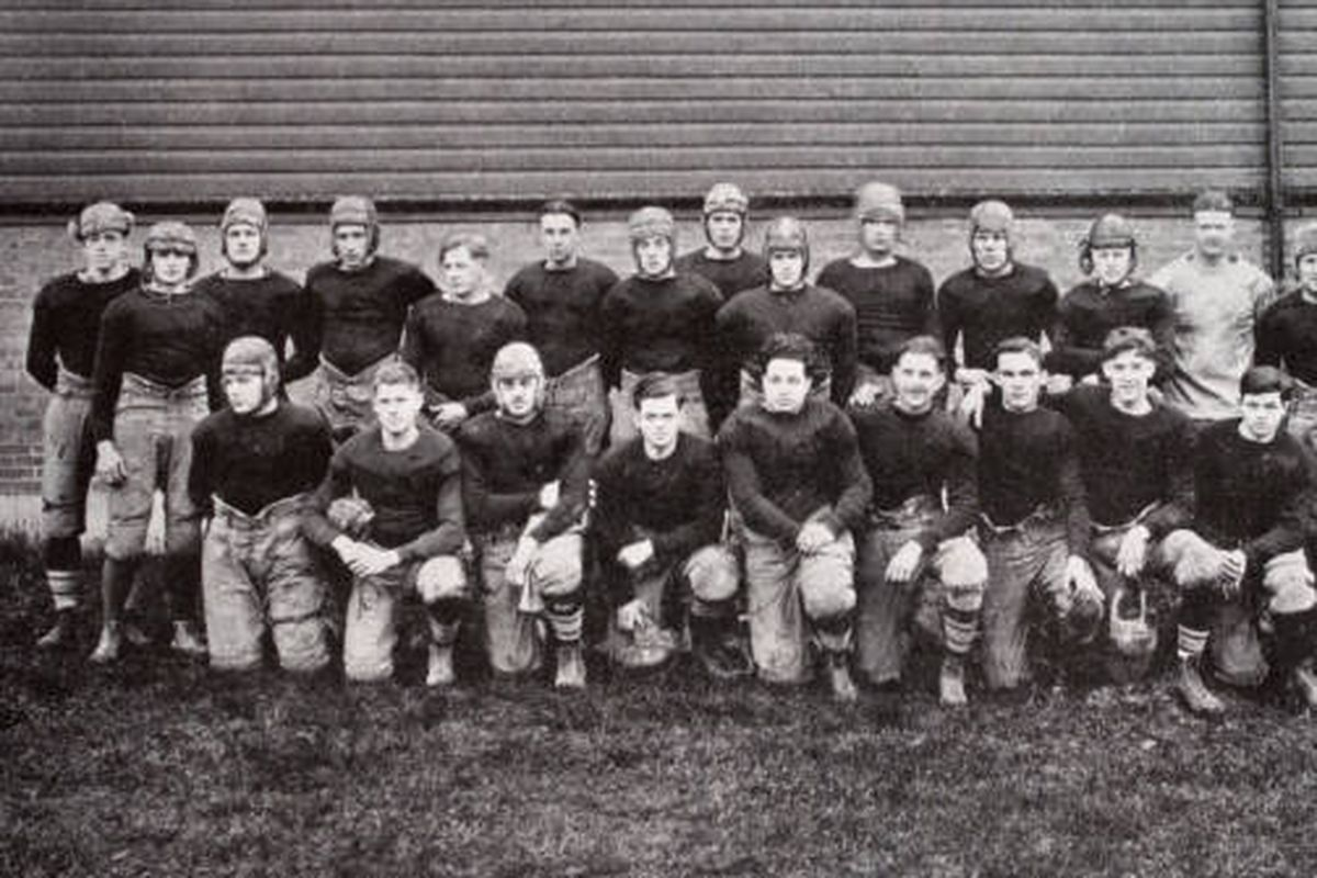 The 1925 Buffalo Bulls