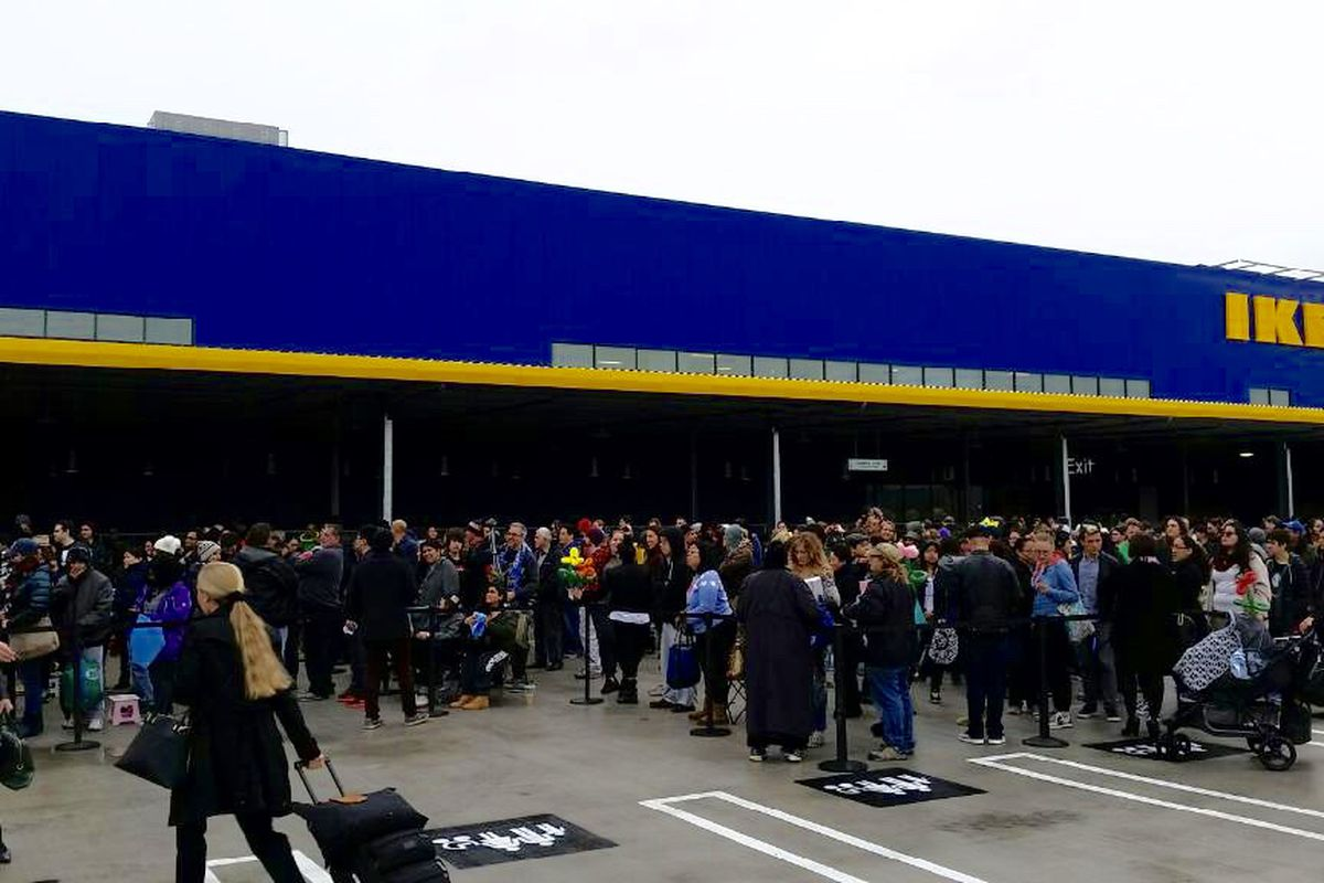 The Biggest Ikea In The Us Is Now Open In Burbank Curbed La