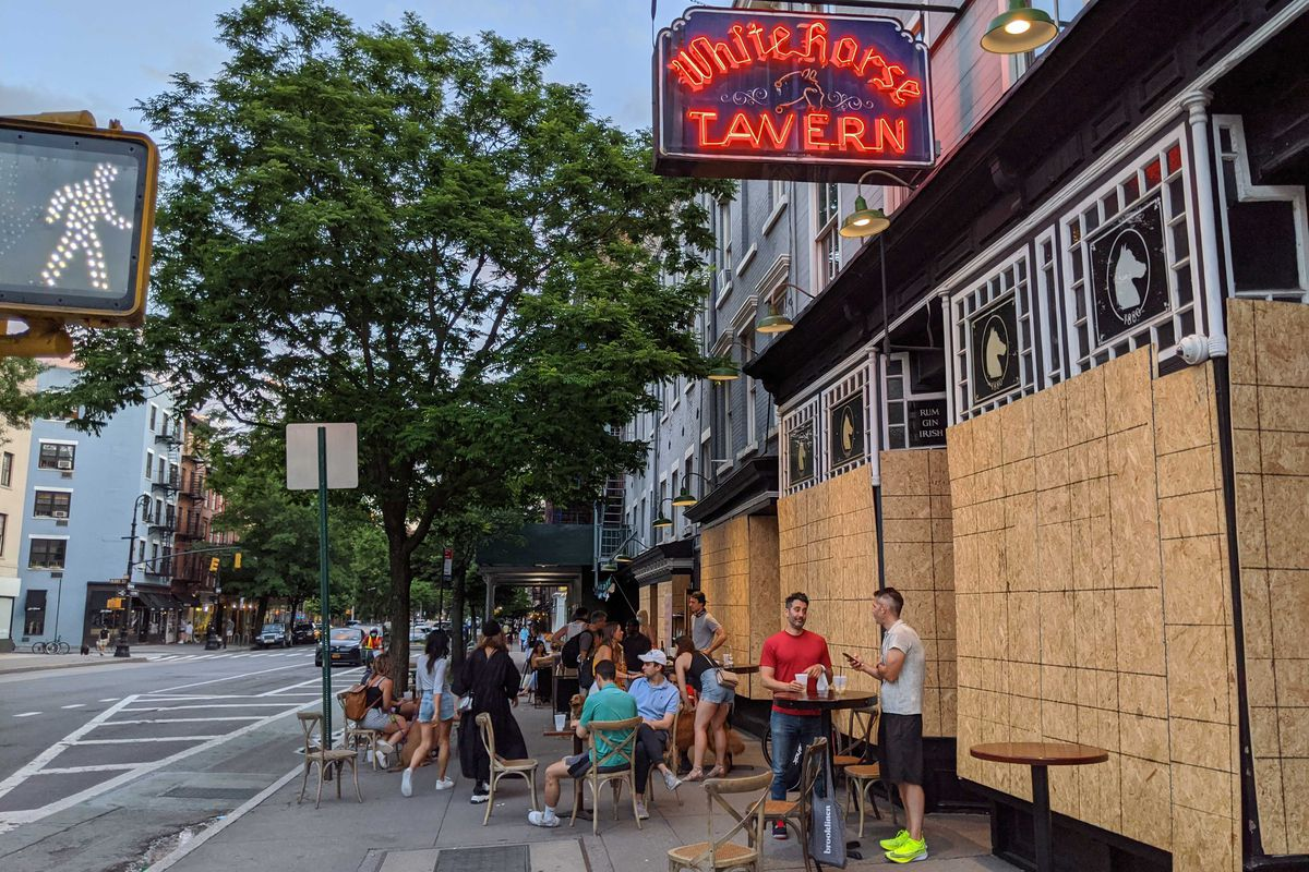 Nyc Restaurants Pull Out Patio Seating
