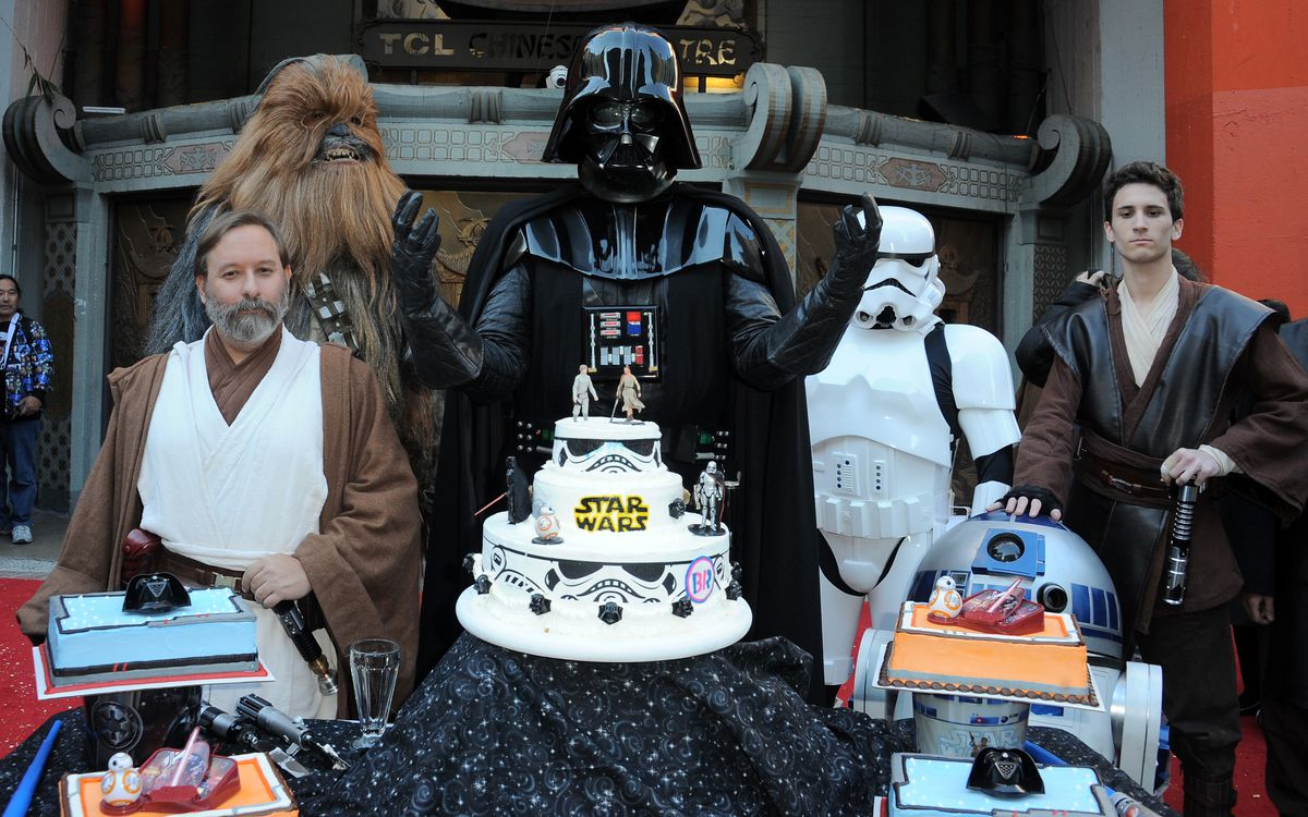 """Two """"Star Wars"""" Fans Get Married In The Forecourt Of The TCL Chinese Theatre"""