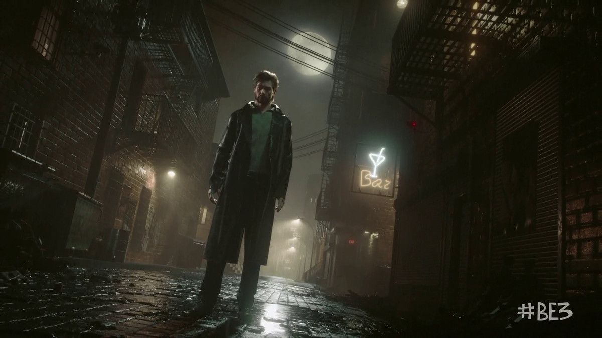 The Evil Within 2 - protagonist in rainy alleyway