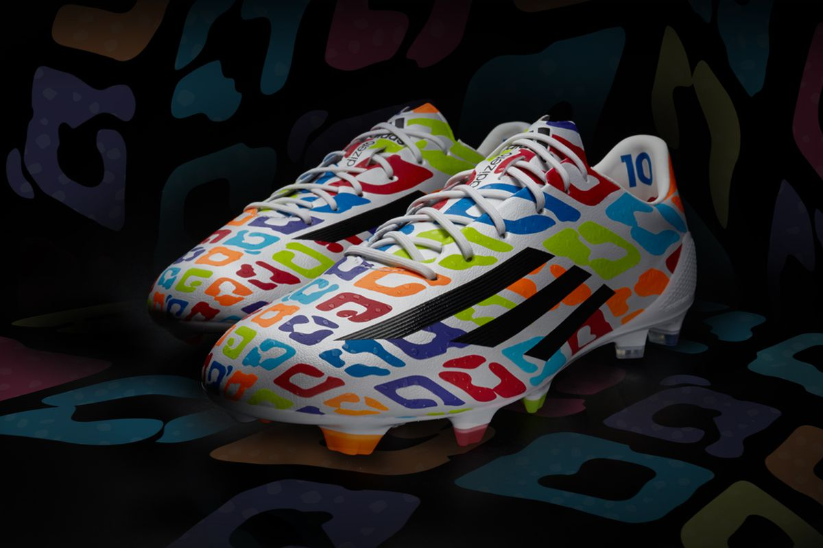 26773fb22 Lionel Messi trains in unique Battle Pack boots for his birthday ...