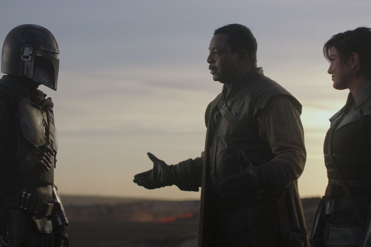 'The Mandalorian' finale: What the Darksaber means for the future of Star Wars
