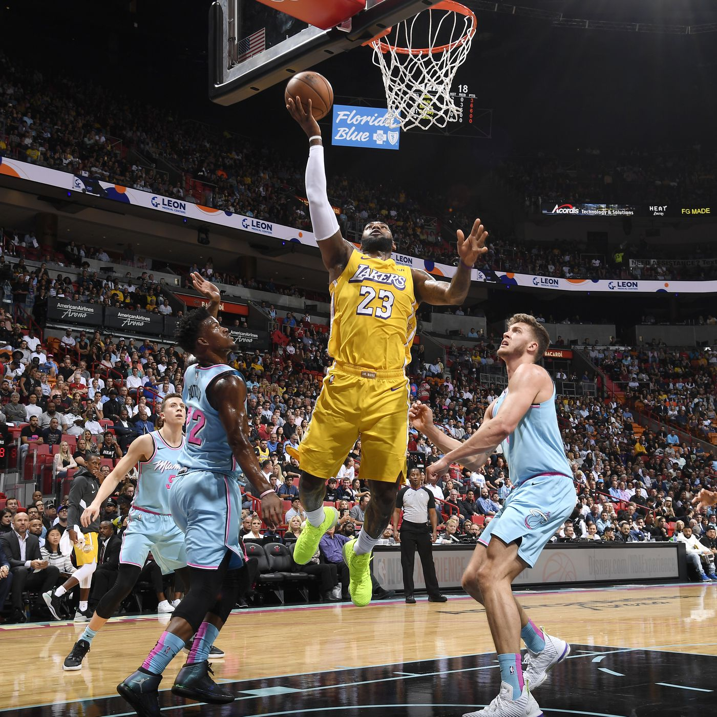 Lakers Vs Heat Final Score Lebron James Anthony Davis Lift L A Past Miami 113 110 Silver Screen And Roll