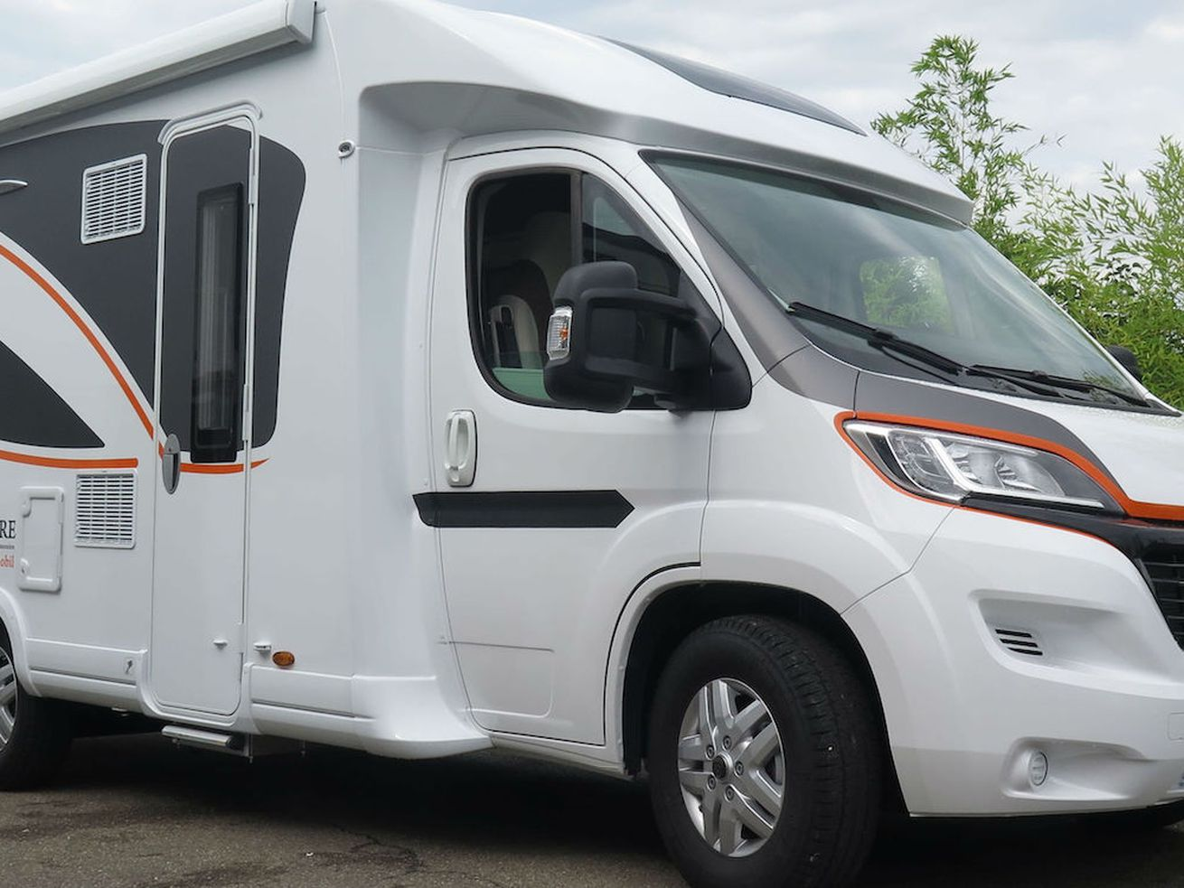 World?s first fully electric RV can now go 249 miles on one charge