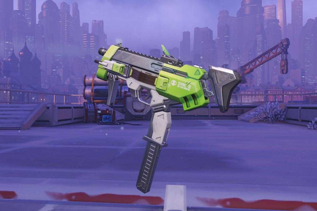 Overwatch - Sombra Glitch skin weapon close-up