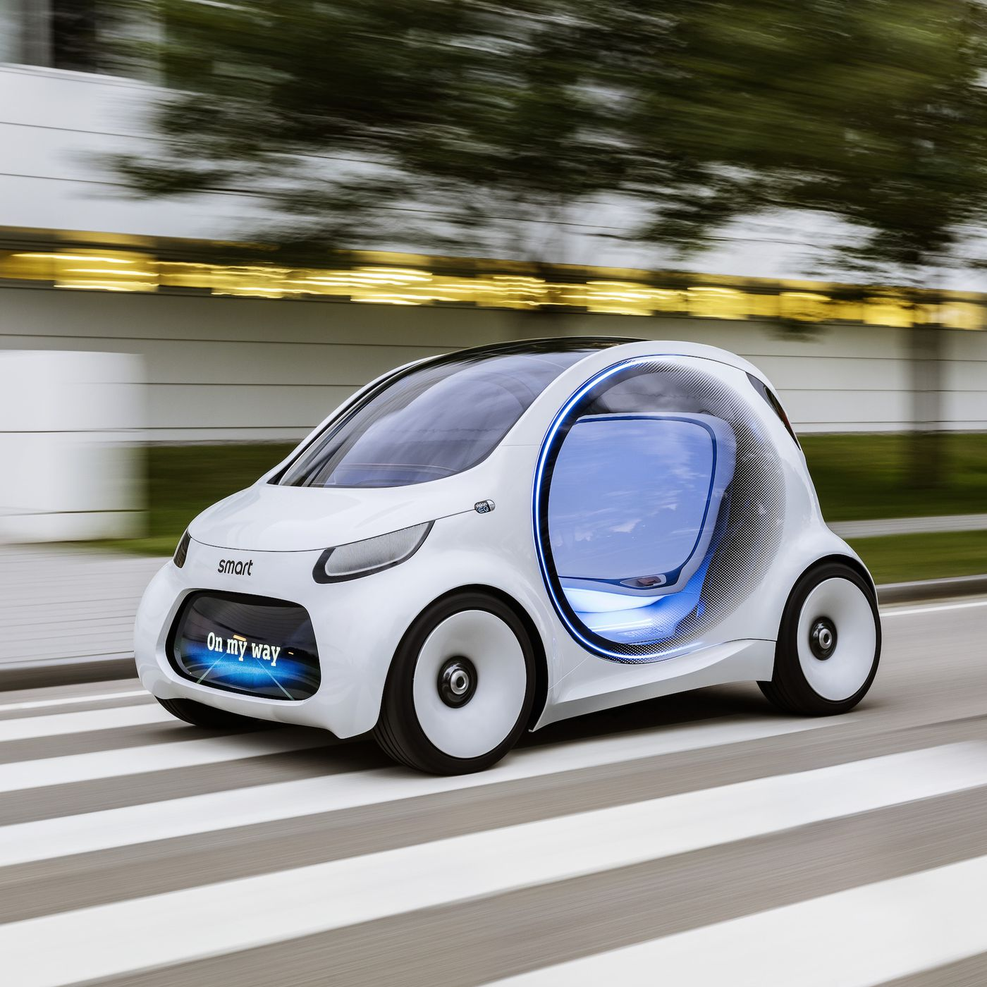Here's how Daimler is evolving its tiny Smart car for self-driving - The  Verge