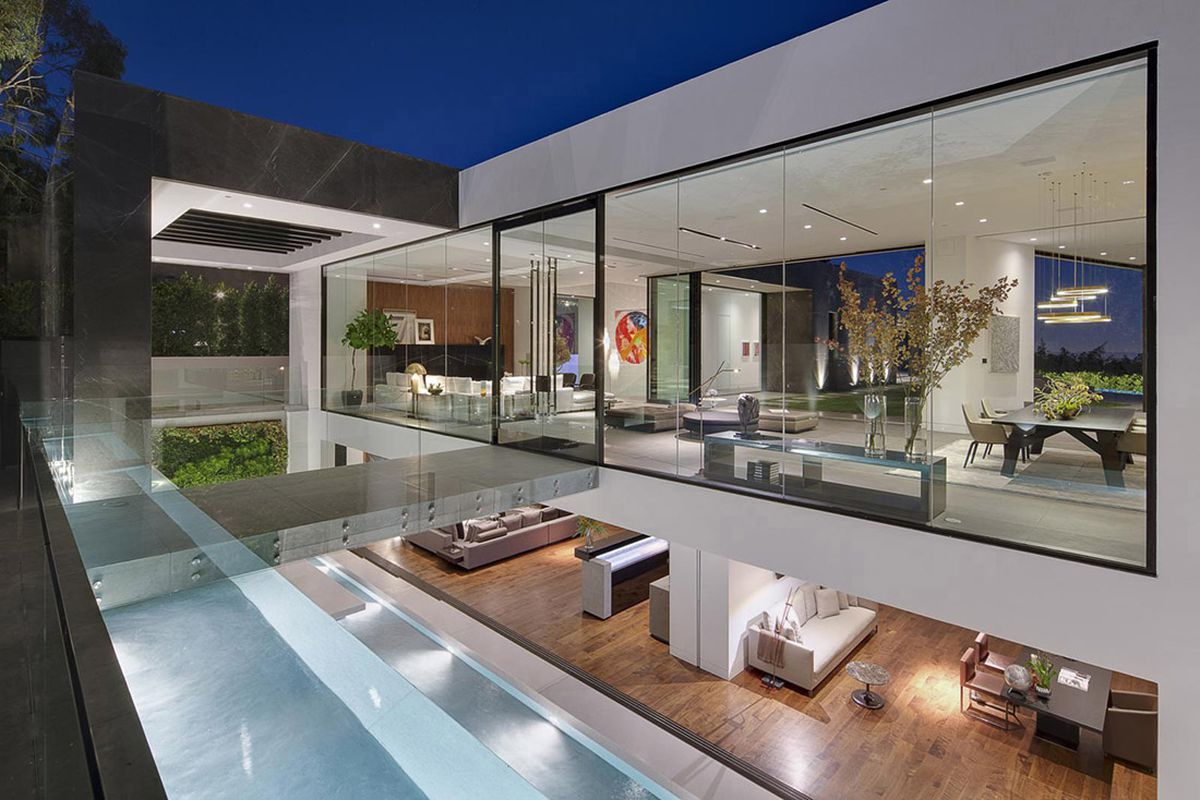 Calvin Klein Drops 25 Million On Bananas Mansion In The Hills Curbed La