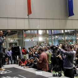 Max Holloway at UFC 236 open workouts.