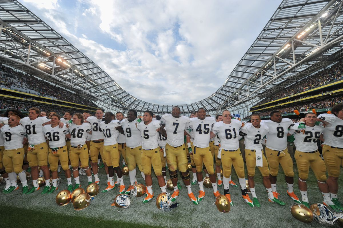 DUBLIN, IRELAND - SEPTEMBER 01: The Notre Dame team after the final whistle of the Notre Dame vs Navy game at Aviva Stadium on September 1, 2012 in Dublin, Ireland. Notre Dame won 50-10. (Photo by Barry Cronin/Getty Images)