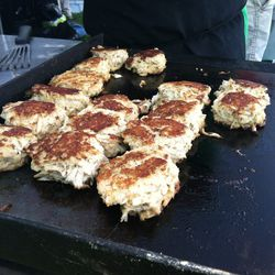 Rappahannock Oyster Co. served jumbo-lump crab cakes made from Chesapeake Bay blue crabs.
