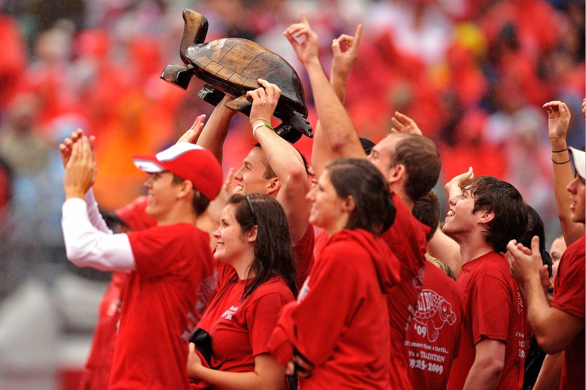 The mighty Illibuck trophy in its natural habitat: Ohio State hands