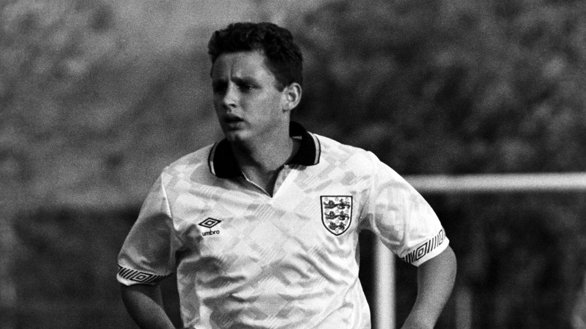 31/05/91 TOULON TOURNAMENT.ENGLAND U21 v USSR U21 (2-1).PROVENCE - FRANCE.Brian Atkinson in action for England.. (Photo by SNS Group via Getty Images)