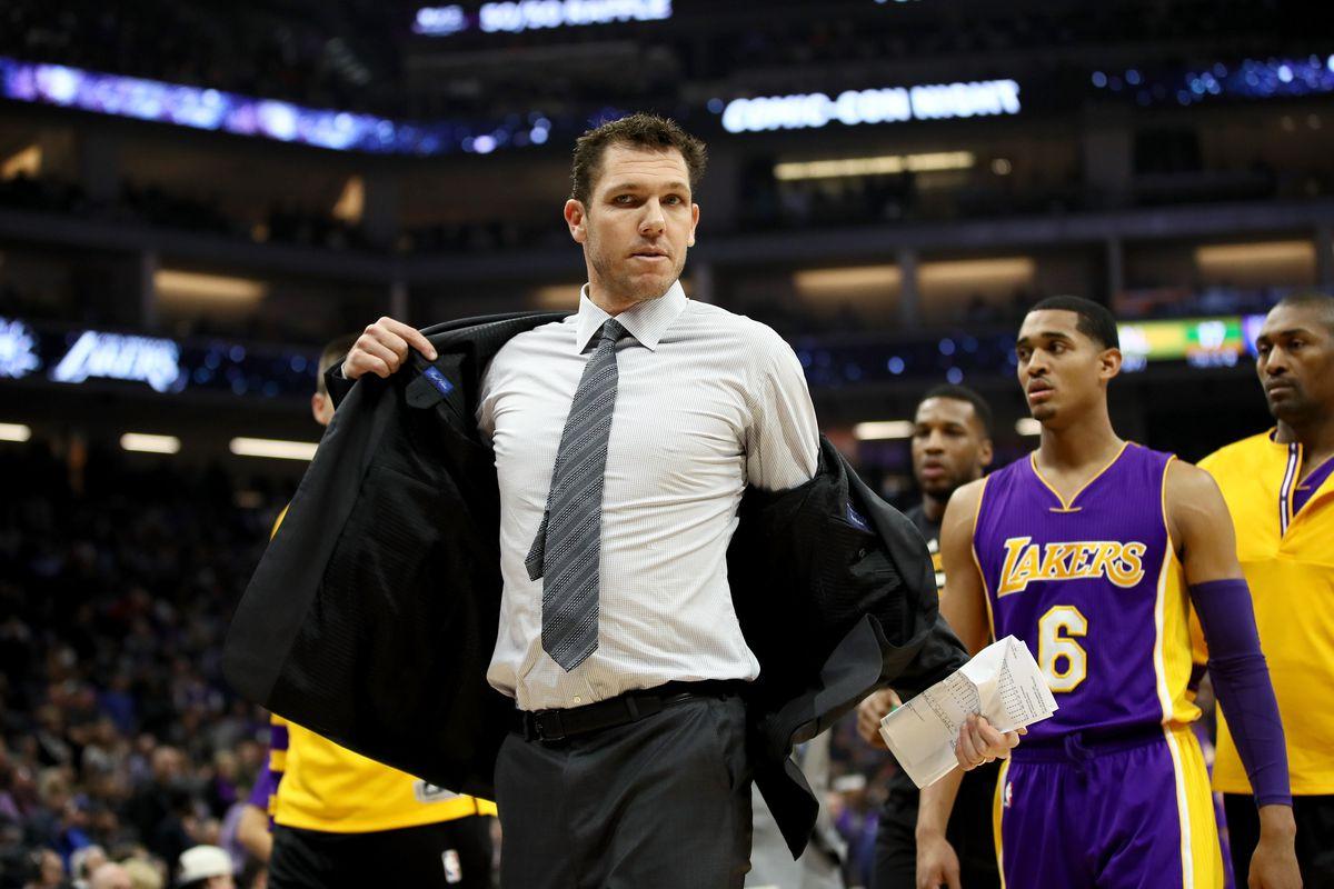 0bf99e82b63 Luke Walton says the Lakers  gave up  against the Sacramento Kings ...