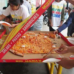 Pizza from Big Mama's & Papa's Pizzeria - Flickr/El Trinidad