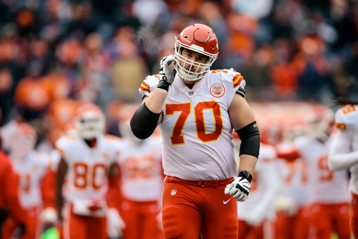 the best attitude 10691 a8bf3 A breakdown of Chiefs offensive lineman Andrew Wylie ...
