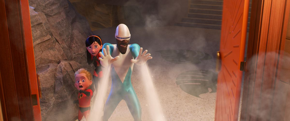 Incredibles 2 Review Pixar Moves Away From Complicated Emotions The Verge