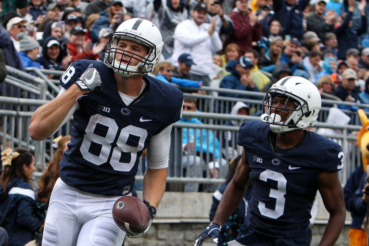 NCAA Football: Akron at Penn State