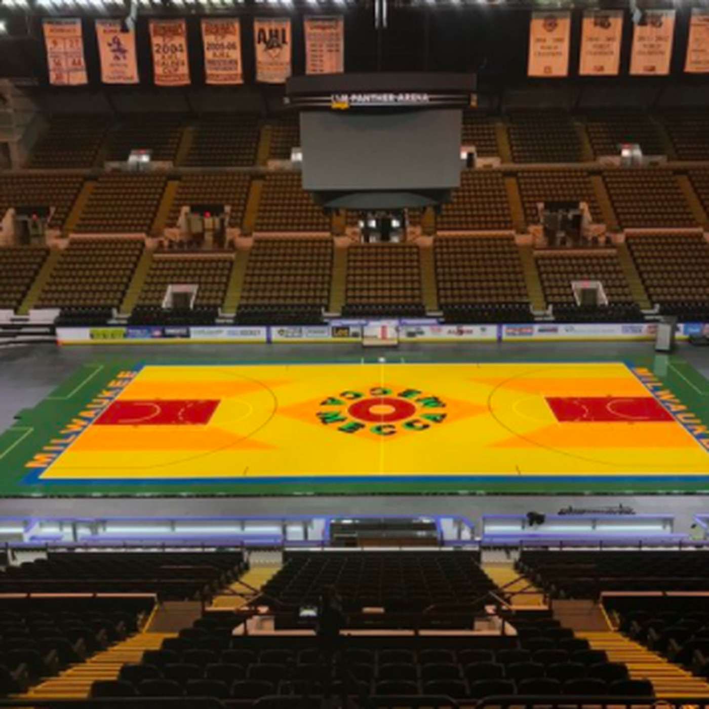 The Bucks Are Bringing Back The Historic Mecca Floor For Game Vs