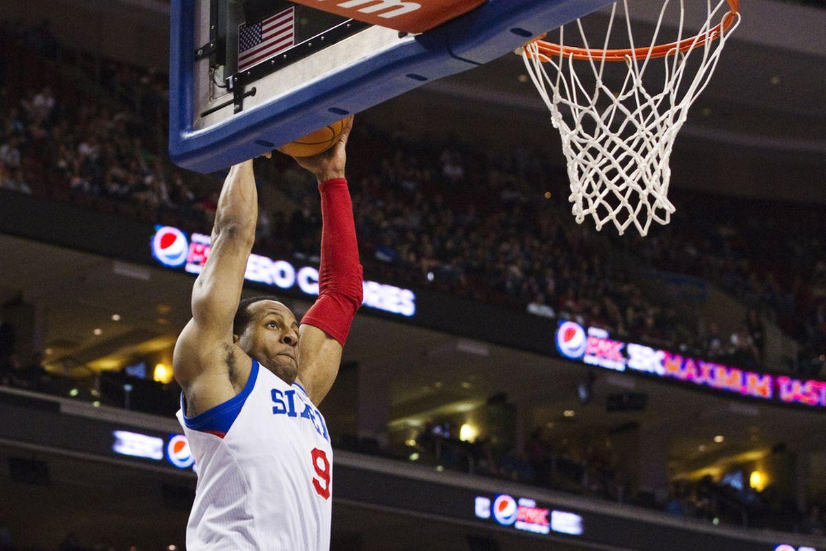 He gon' dunk it good.