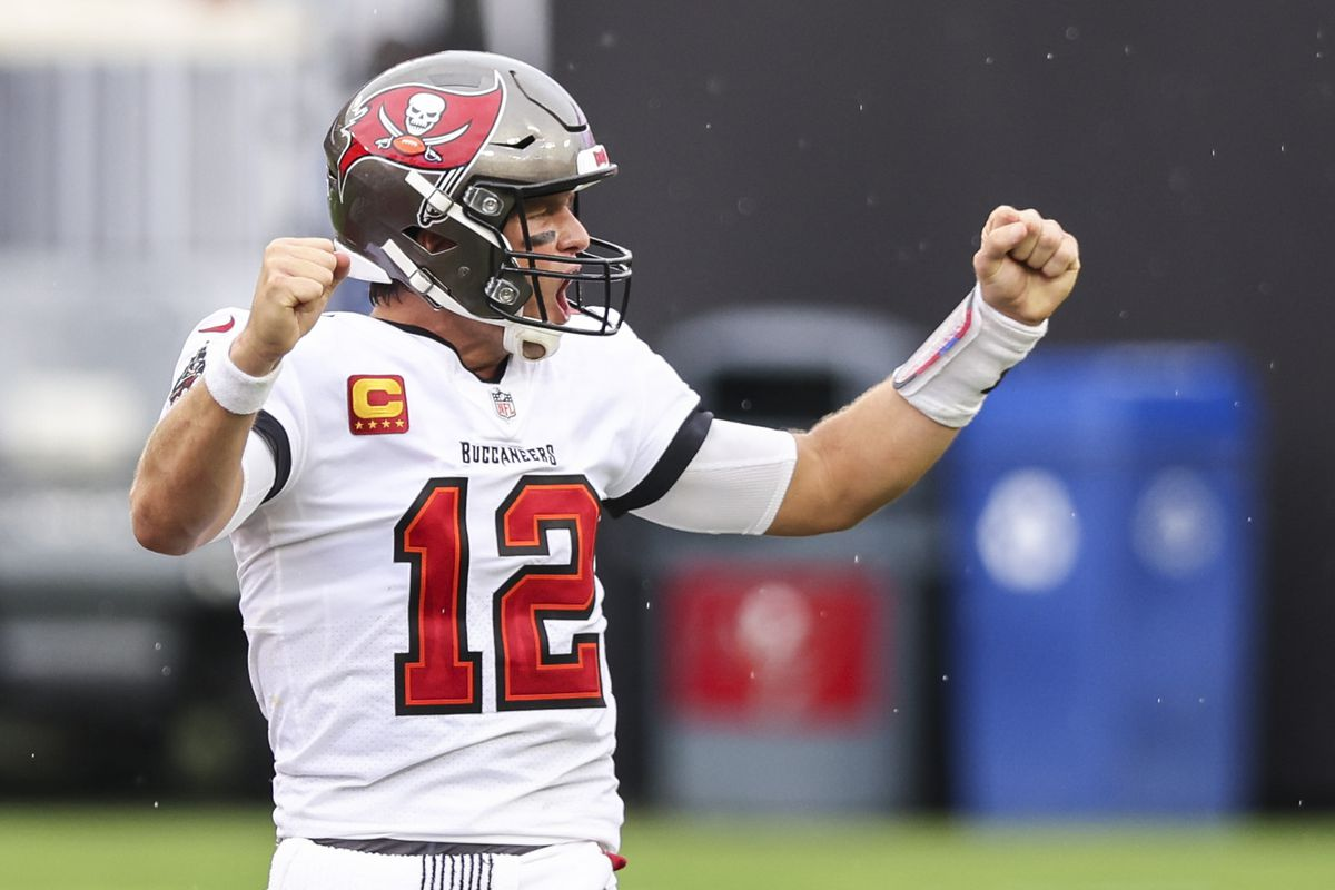 Los Angeles Chargers v Tampa Bay Buccaneers
