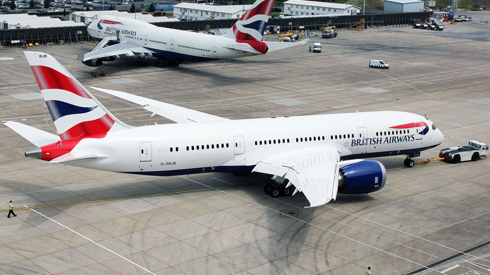 technological factors and british airways Even though all of the mentioned factors have a large influence on the e-commerce operations of british airways, technological factors are the crucial ones innovation potential of competitors in airline e-business.