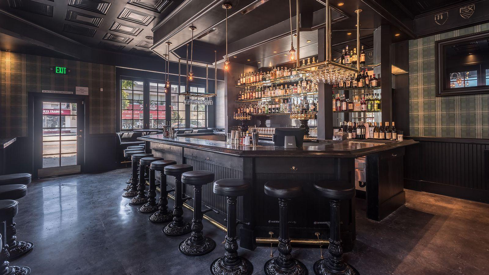 The Stalking Horse Is West La S New Craft Beer British Pub