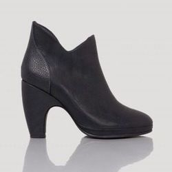 "<a href=""http://www.rachelcomey.com/womens-store/sale/tessa-8.html?size=6"">Rachel Comey's Tessa ankle boot</a>, $277 (were $495)"
