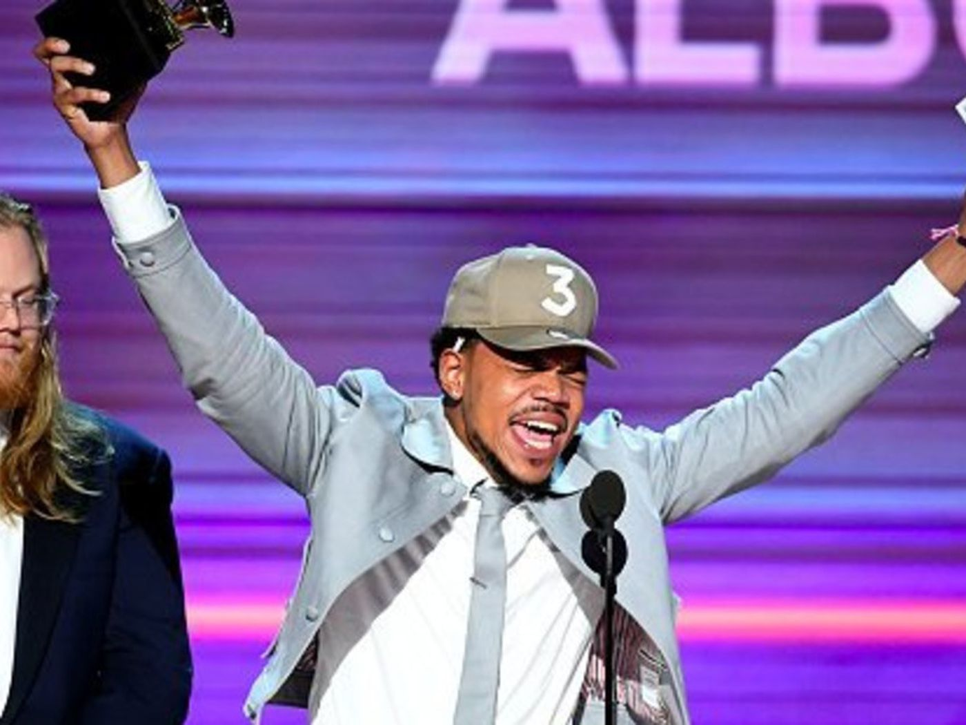 Chance The Rapper Makes History At The 2017 Grammys Twitter Reacts Revolt
