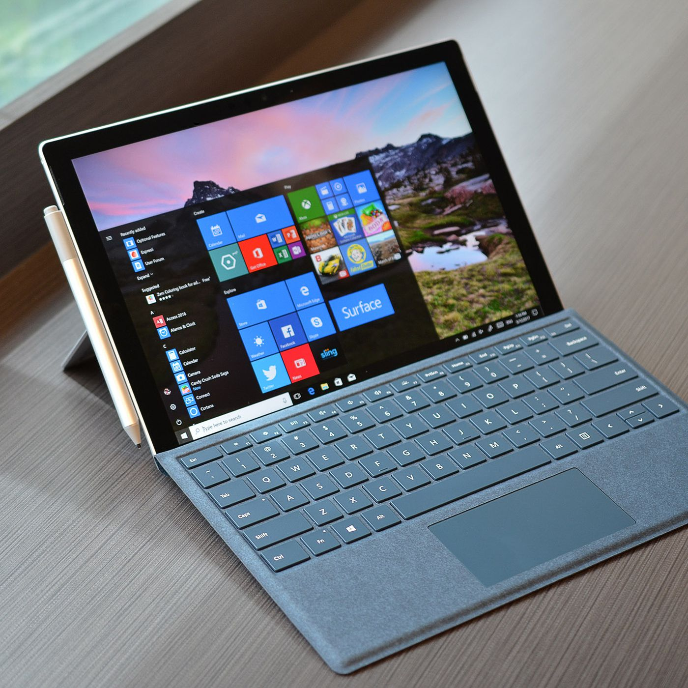 microsoft s new surface pro has 13 5 hours of battery life and lte