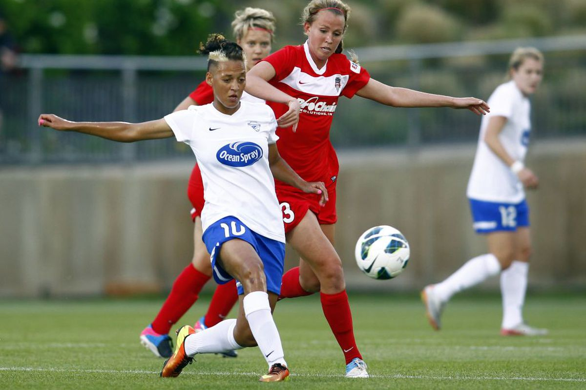 Lianne Sanderson and her league-leading 15 assists will challenge number two Portland on Sunday
