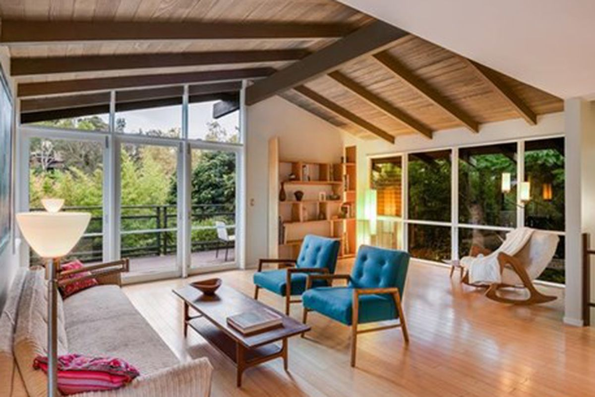 Mid century post and beam among the trees in pasadena for Mid century post and beam house plans