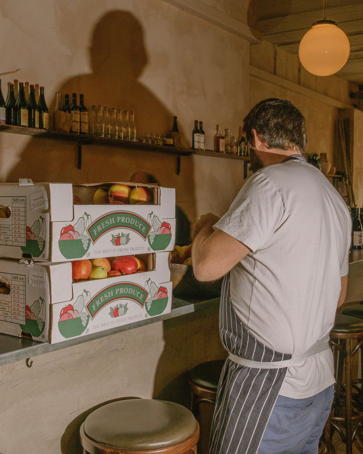 Tomatoes and chef David Gingell at Jolene bakery, restaurant and wine bar in Newington Green